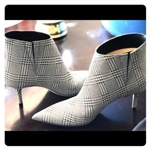 Jimmy Choo ankle top shoes